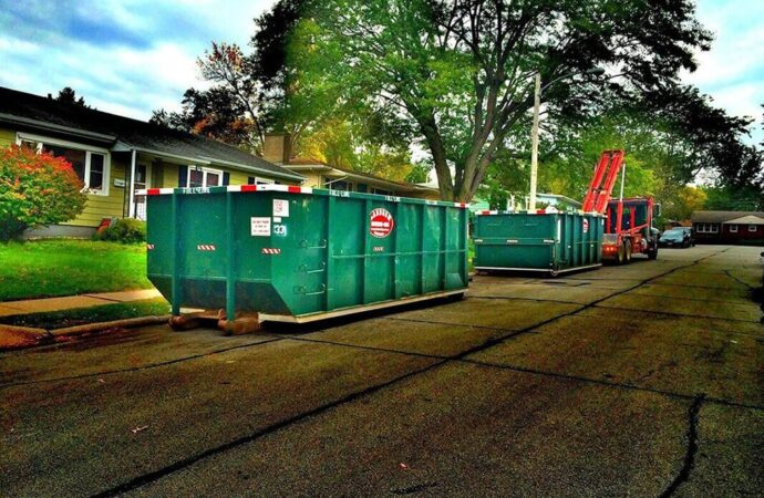 Commercial Dumpster rental services-Fort Wayne Dumpster Rental & Junk Removal Services-We Offer Residential and Commercial Dumpster Removal Services, Portable Toilet Services, Dumpster Rentals, Bulk Trash, Demolition Removal, Junk Hauling, Rubbish Removal, Waste Containers, Debris Removal, 20 & 30 Yard Container Rentals, and much more!