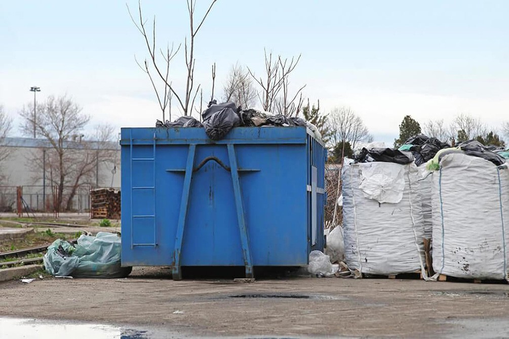 Contact Us-Fort Wayne Dumpster Rental & Junk Removal Services-We Offer Residential and Commercial Dumpster Removal Services, Portable Toilet Services, Dumpster Rentals, Bulk Trash, Demolition Removal, Junk Hauling, Rubbish Removal, Waste Containers, Debris Removal, 20 & 30 Yard Container Rentals, and much more!