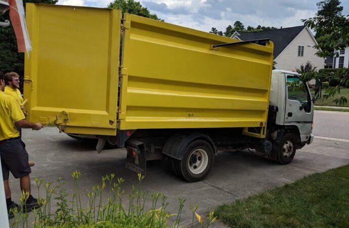 Fort Wayne Dumpster Rental & Junk Removal Services Header Image-We Offer Residential and Commercial Dumpster Removal Services, Portable Toilet Services, Dumpster Rentals, Bulk Trash, Demolition Removal, Junk Hauling, Rubbish Removal, Waste Containers, Debris Removal, 20 & 30 Yard Container Rentals, and much more!