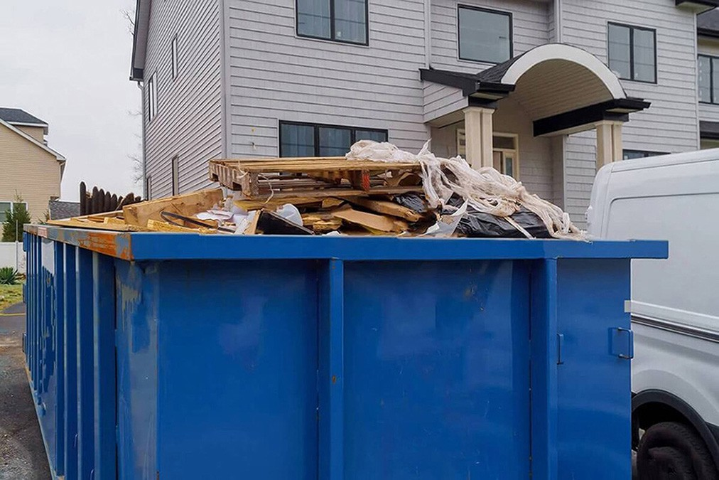 Services-Fort Wayne Dumpster Rental & Junk Removal Services-We Offer Residential and Commercial Dumpster Removal Services, Portable Toilet Services, Dumpster Rentals, Bulk Trash, Demolition Removal, Junk Hauling, Rubbish Removal, Waste Containers, Debris Removal, 20 & 30 Yard Container Rentals, and much more!